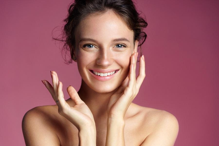 Gyönyörű bőr savas hámlasztás, bőrmegújító hámlasztás segítségével!
