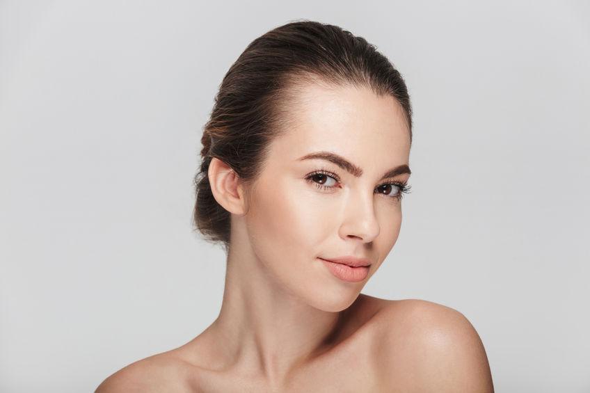 Arcfiatalítás gépi Mezoskin kezeléssel: látványosan fiatalabb arcbőröd lehet!