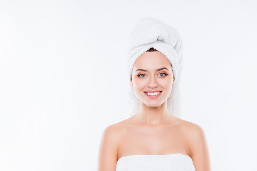 A lézeres carbon peeling tisztább, fiatalosabb arcbőrrel ajándékoz meg!